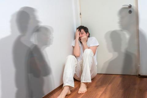 Read more about the article Delirium Tremens: un síndrome d'abstinència mortal