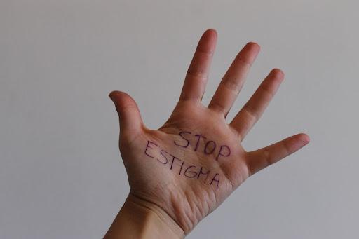 Read more about the article Trencant l'estigma de l'addicció